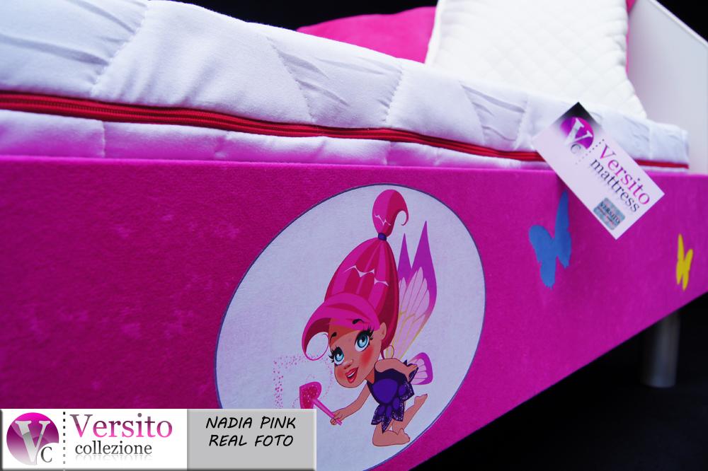 różowe łóżko dla dziecka